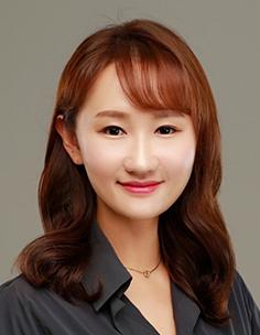 민유선 교수님 사진